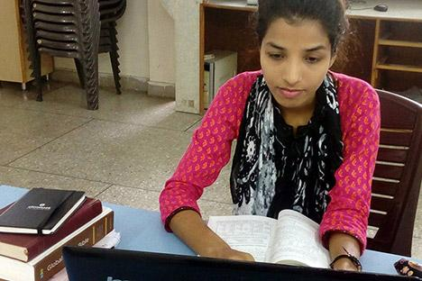 Afgestudeerde theologiestudentes in India en Nepel